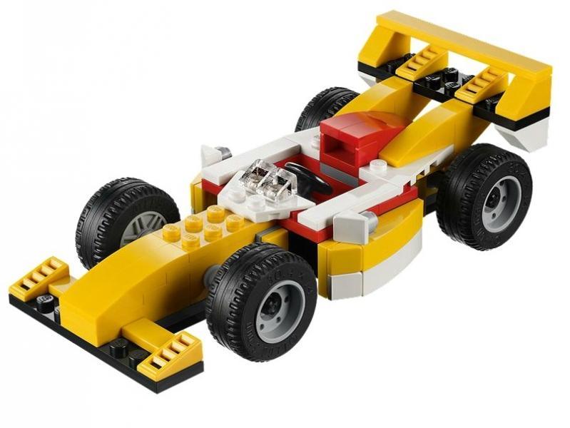 LEGO Supermasina de curse