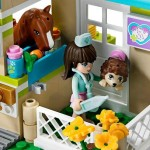 LEGO Clinica veterinara Heartlake