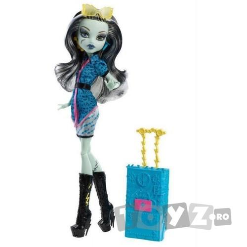 Mattel Papusa Monster High – Plimbarete NEW – Frankie Stein MTY7661-Y7665