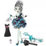 Mattel Papusa Monster High – Tematica – Frankie Stein MTW9188-W9190