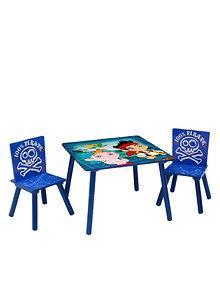 Delta Children Set mobilier masuta si 2 scaunele Disney Jake si Piratii din Tara de Nicaieri