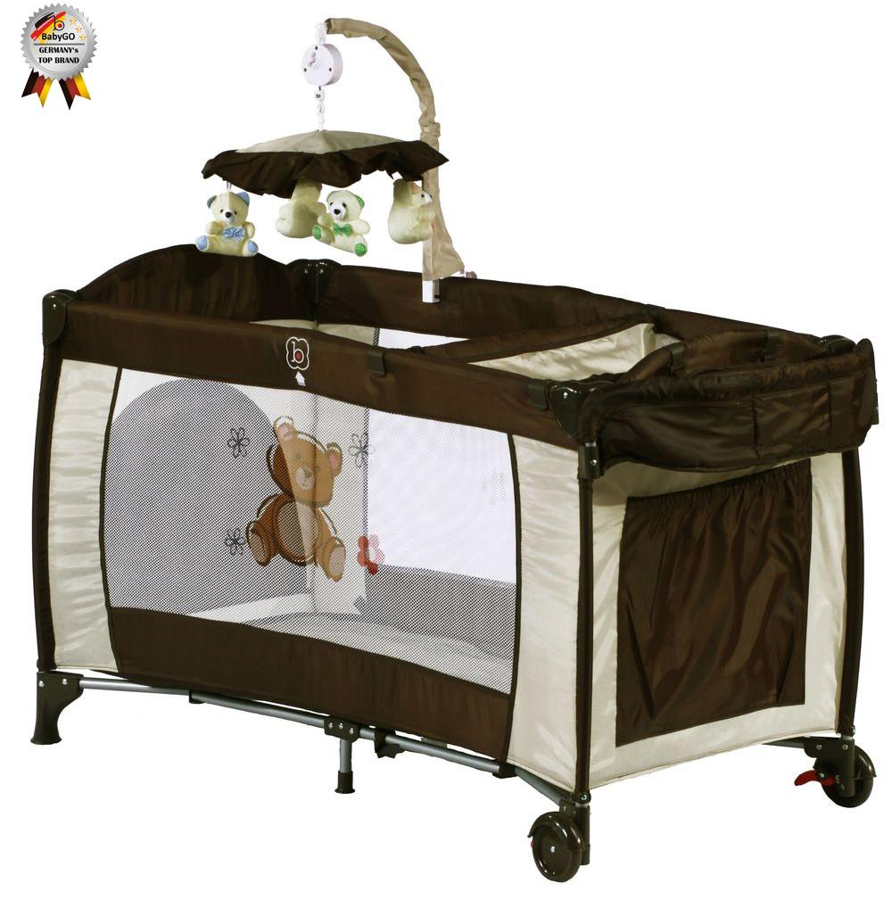 BabyGo BabyGo – Patut Pliant cu 2 Nivele si Mini-Carusel Sleeper Deluxe maro