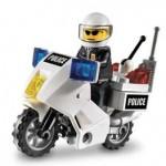 LEGO MOTOCICLETA POLITIE din seria LEGO CITY.