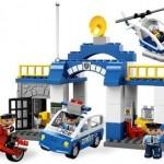LEGO Statie de politie din seria LEGO Duplo