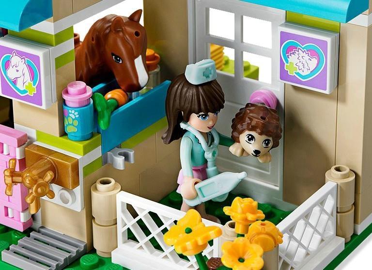 LEGO Clinica veterinara Heartlake