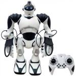 WOW WEE Robot Robosapiens V2