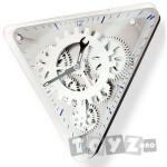 Fascinations Clocks: Ceas GearUp Triangle